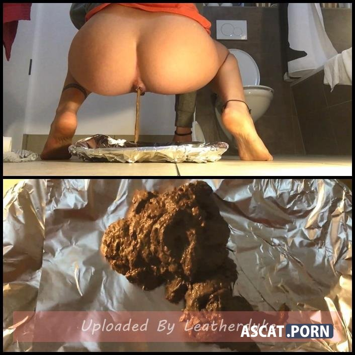 Emily Jones - Toilet Domination - Dinner is served | Full HD 1080p | December 23, 2017