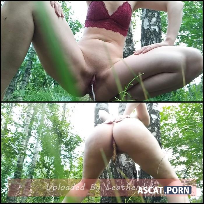 Pee poo whiping dirty ass in park with nastygirl | Full HD 1080p | Oct 6, 2018