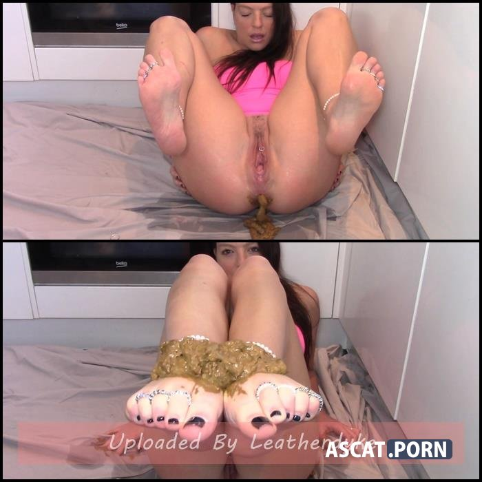 Foot Shit Slave with evamarie88 | Full HD 1080p | May 31, 2019