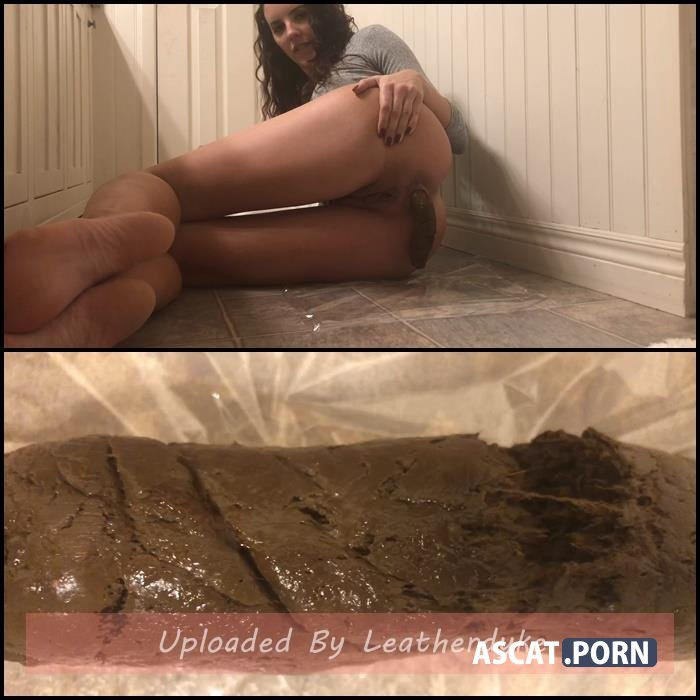Green skirt bare feet with TinaAmazon | Full HD 1080p | Jan 25, 2020