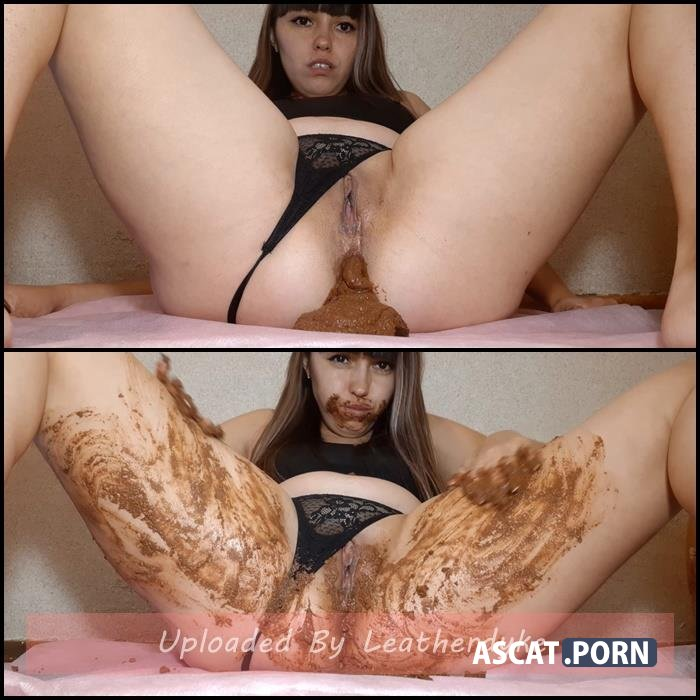 Shit with candy - Dianascat | Full HD 1080p | Aug 02, 2020