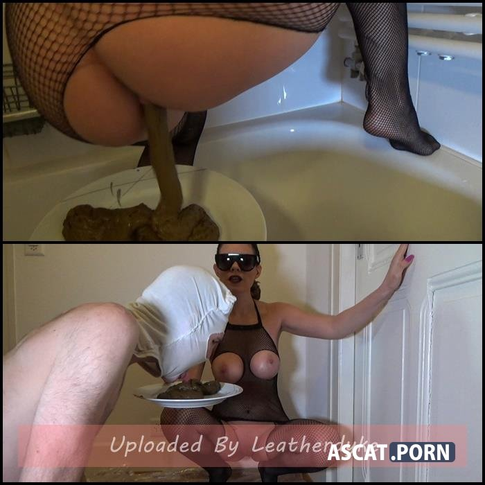 yummy shit in a plate with Lila | Full HD 1080p | Sep 03, 2020