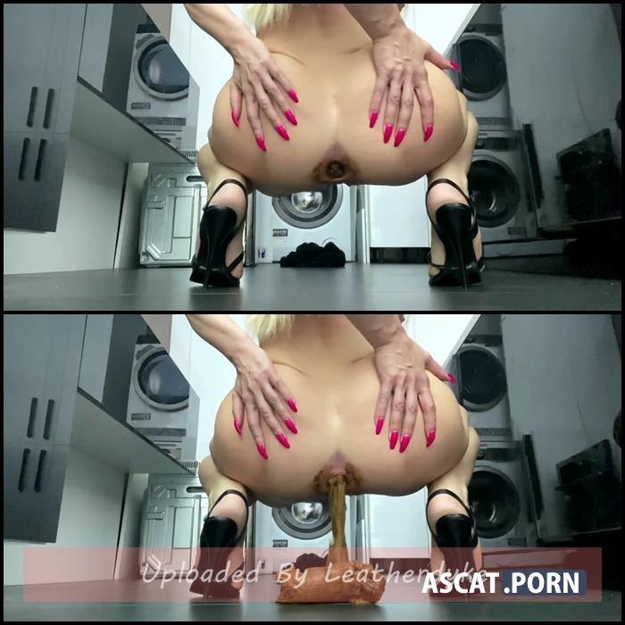 Goddess Poop 4 Slave with thefartbabes
