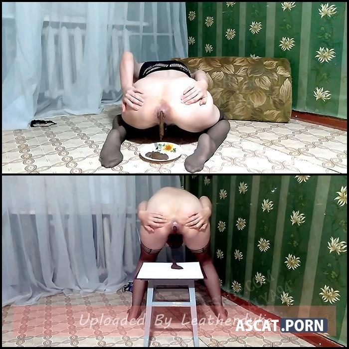 Olga eats shit and drinks urine - Olga licks her shit - Olga shit in nylon tights