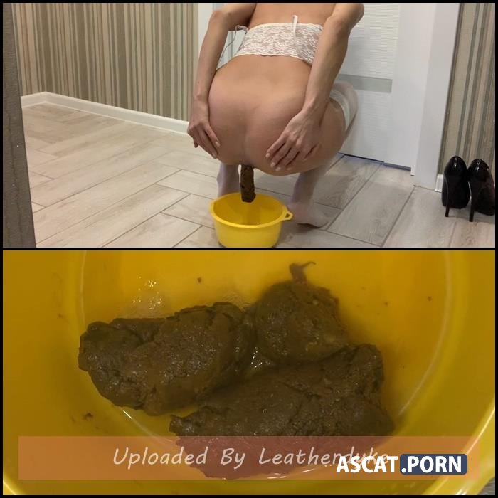 Lily in stockings shit in a pot with Lily | Full HD 1080p | Dec 28, 2020