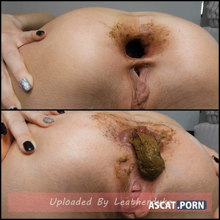 Wide Shitty Gaping Asshole Teasing Huge Turd